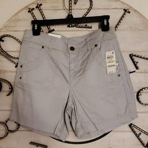 Mid rise Grey shorts